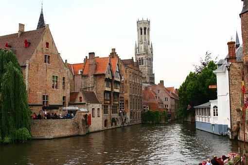 Guide to Belgium   Belgian Etiquette, Customs, & Culture