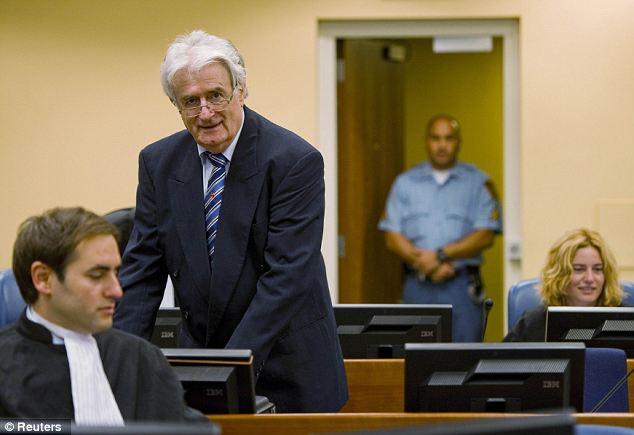Karadzic with translator at ICTY