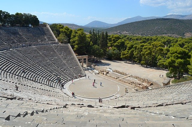 greek-theatre